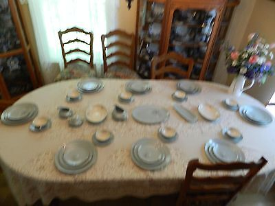 Franciscan Gladding McBean Silver Pine Dinnerware for 8 w/ 7 Serving Pieces 6-2