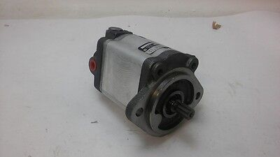 Dynamatic C17.0L39375136 Hydraulic Pump (S#33-2E)