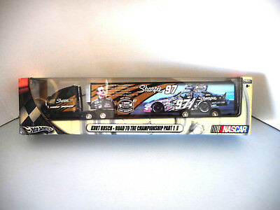 Hotwheels Nascar Transporter Kurt Busch 69455 Collectable Metal 2004 Champion