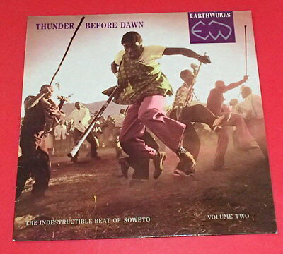 Thunder before dawn -- The inddestructible beat of Soweto / vol tw -- LP / World