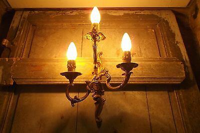 French attractive ornate bronze wall light sconce exquisite rich gold patina