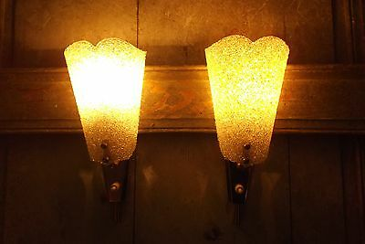 French a pair of retro chic vintage c.1960 wall light perfectly designed