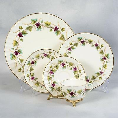 "Set Of 8 Royal Worcester ""bacchanal""5 Piece Place Settings"