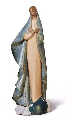 Lladro Large figurine  #2365 HOLY MOTHER  01012365