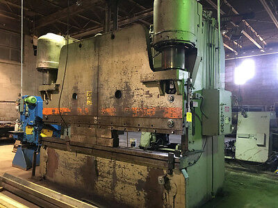 Pacific Hydraulic 500 Ton Press Brake x 12' #7259P