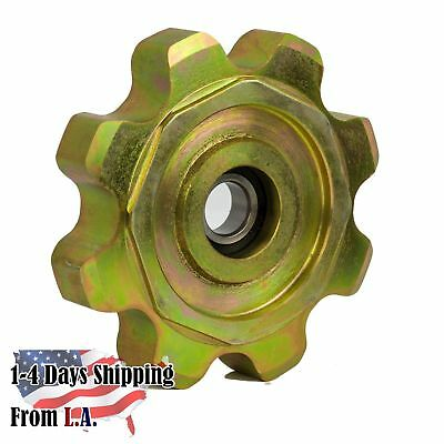 AH231386 Corn Head Gathering Idler Sprocket (CA620 8T) for John Deere 600 Series