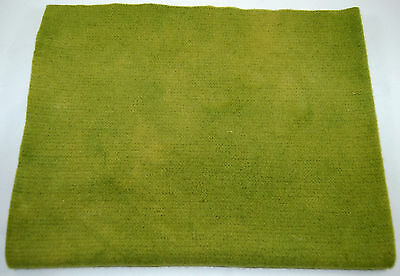 """HAND DYED RUG HOOKING WOOL Over-Dyed ~ """"GRASSY KNOLL (B)"""""""
