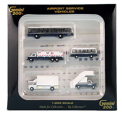 GEMINI200 Airport Service Vehicles G2APS450 1/200, New