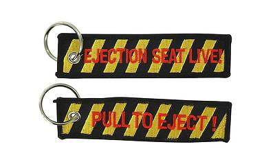 Porte cles clefs remove before after flight pull to eject avion