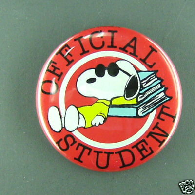 Snoopy official student vintage button  pin peanuts