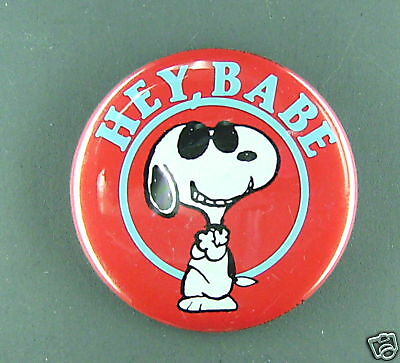Snoopy Hey Babe Vintage 1980 Button Condition New