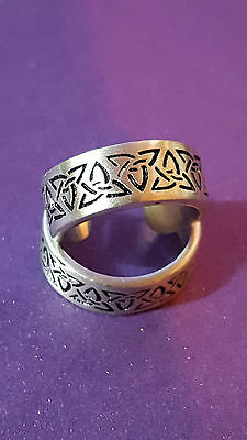Toe Ring CELTIC TRIQUETRA  Strong Silver Pewter 16mm Bohemian Ethnic Girls