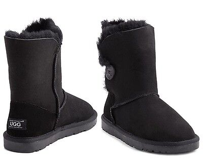 OZWEAR Connection Button Ugg Boot - Black
