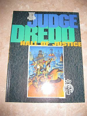 JUDGE DREDD: HALL OF JUSTICE GN (1991 Series) #1  Mint