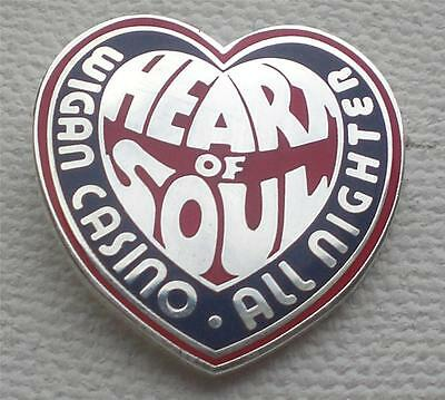 Northern Soul Badge - Wigan Casino - Blue / Red Heart - Silver