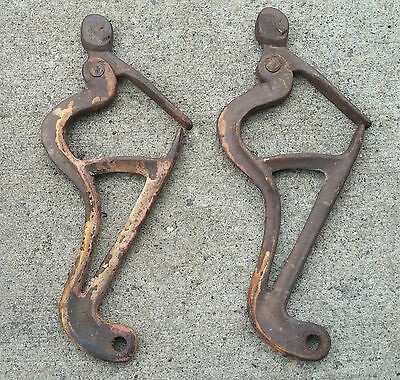 Pair Antique Primitive Vtg Cast Iron Ladder Connectors Clamps Clips Steampunk