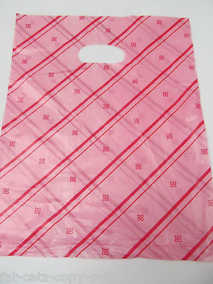 40-45 PINK SMALL PLASTIC CARRIER LOOT GIFT BAGS 19cm x 18cm UK SELLER FREE P&P