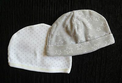 Baby clothes UNISEX BOY GIRL 0-3m NEW!2 white/grey stars soft cotton hats C SHOP