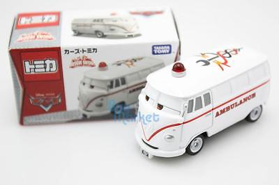 Tomica Takara Tomy Disney CARS 2 Fillmore Ambulance Rescue Mini Diecast Aircraft