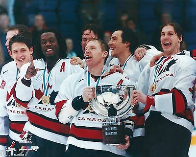 2003 IIHF Team Canada Mens Gold Medal Maltby Comrie Smyth Carter Photo OOP