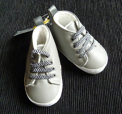 Baby clothes BOY 3-6m grey fleece-lined trainers/shoes elasticated lacees NEW!