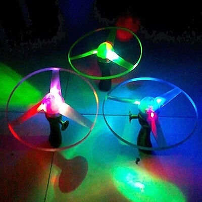 1Pcs Led Light Spin Frisbees Outdoor Antique Flying Saucer Helicopter Toys
