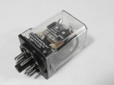 Dayton 5X827M Plug-In Relay 120VAC 10A 50/60Hz  USED