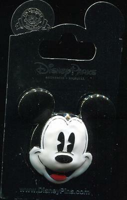 Mickey Mouse Head Sculpted 3D Die Cast Disney Pin 111979
