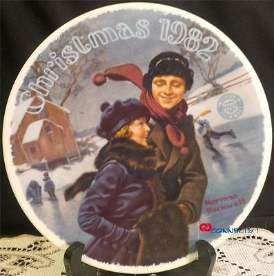 Edwin M Knowles Christmas 1982 Norman Rockwell Christmas Courtship Plate