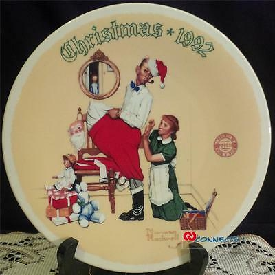 Edwin M Knowles Christmas 1992 Norman Rockwell The Christmas Surprise Plate