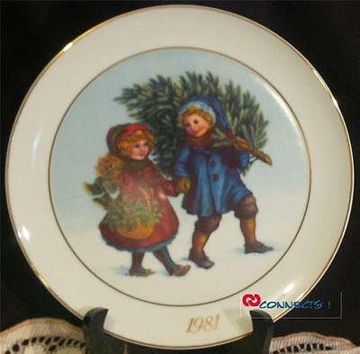 Avon Canada Christmas 1981 Sharing The Christmas Spirit Plate