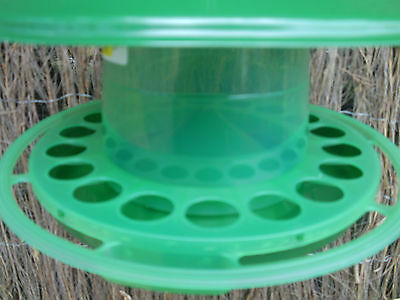2kg. NEW GREEN HEAVY DUTY HANGING WILD BIRD FEEDER, AVARIES, ETC.