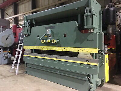 135 Ton x 12' Cincinnati CNC 2 Axis Press Brake Hydraulic Sheet Metal Bender
