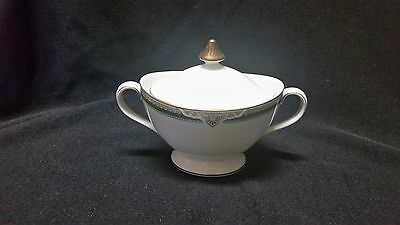 Royal Doulton FORSYTH - Sugar Bowl w/lid