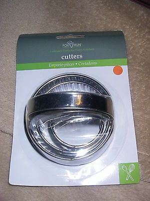 Set of 3 Stainless Steel Fluted Crinkle Round Cookie Pastry Cutter Fox Run