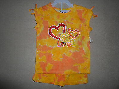 Girls 3Toddler Two-Piece Orange/Yellow Shirt & Short Outfit Set, NEW WITH TAGS!!