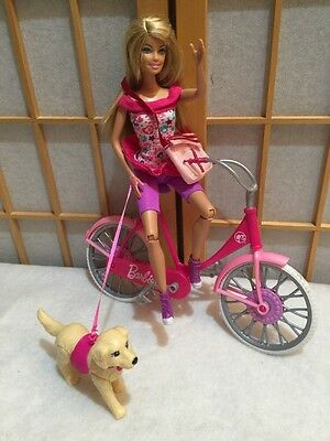 Mattel Barbie Pink Bicycle With 1999 Doll Dog Leashed Dog Water Bottle