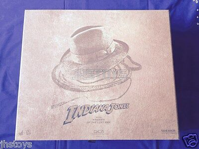 Hot Toys 1/6 Indiana Jones Raiders of the Lost Ark DX05