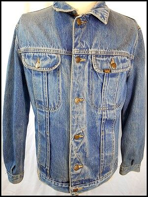 Vintage 1980s Lois Australia Faded Blue Denim Trucker Style 4-pocket Jacket 38