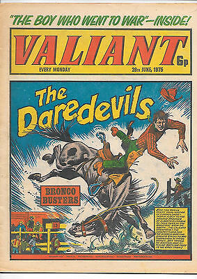 Valiant 28th June 1975 (very high grade) Adam Eterno, Kid Pharoah, Janus Stark