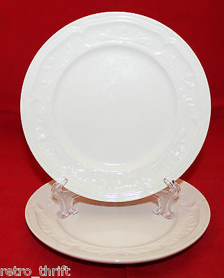 Villeroy and Boch Cortina 2000 Off White 2 Butter and Bread Set Embossed Plates