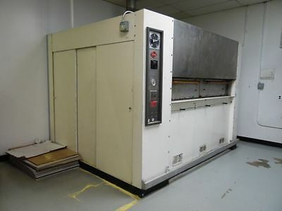 Reed Commercial Revolving Bakery Oven Model No: 5-26x80 Nat Gas NEW STONES
