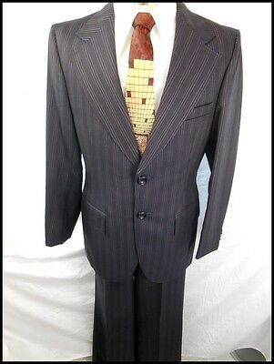 Vintage 1970s Roger David 2-Piece Blue Pin-Striped Wool Blend Suit 36 Chest 30W