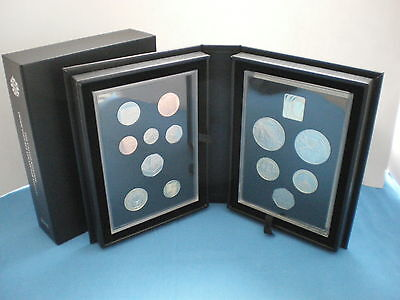 2015 ROYAL MINT UK Collector Proof Coin Set - Original box and COA
