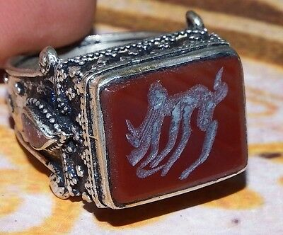 vintage islamic middle eastern Tribal Ethnic red agate engraved Ring خاتم اسلامي