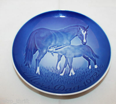 1972 Royal Copenhagen Denmark B&G Mother's Day Plate Horse Blue White Mors Tag