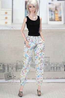 Momoko MMK Doll Outfit Beige Blue And Red Floral Pants