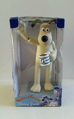 Wallace & Gromit Waving Gromit For Car Or Desk