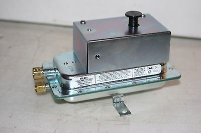 Cleveland Controls AFS-460  Air Flow Switch