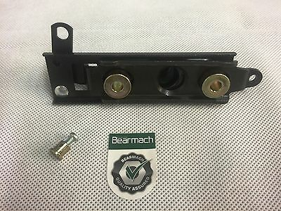 Bearmach Land Rover Defender & Discovery 1 Bonnet Catch Latch Assembly STC925